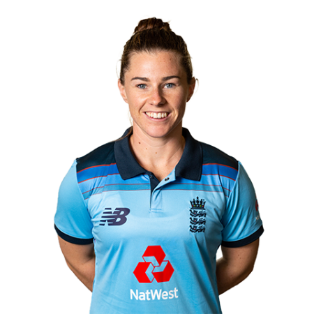 Exclusive interview with England cricketer Tammy Beaumont